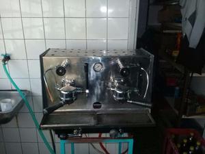 Maquina de cafe 2 bocas