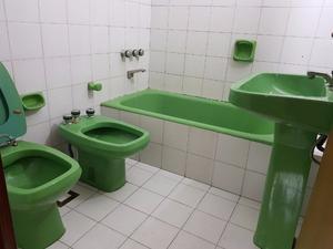 Sanitarios usados juego completo color verde posot class for Inodoro verde