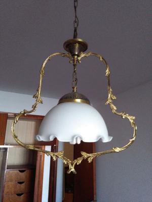 Lámpara antigua marca Ronda.