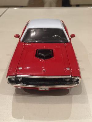 Dodge Challenger R T  En Escala 1/24