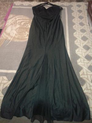 Líquido hermoso vestido de noche sin uso