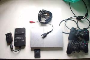 Play2 Plateada + 2 Joystick Original + Memory 8gb+multitap