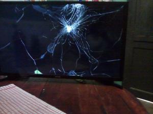 Vendo TV led Sansumg 32 Smart para repuesto