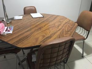 Juego de mesa y cuatro sillas posot class for Juego de mesa y sillas