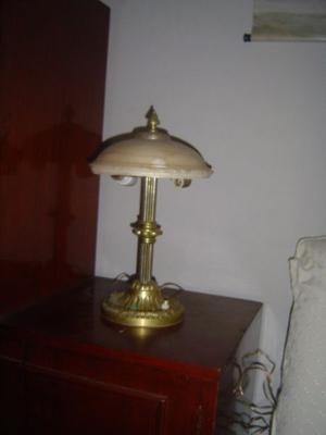 Lampara de mesa antigua de bronce