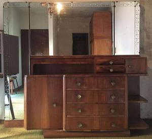 Vestidor Dressoire con espejo y dos mesas de luz estilo Art