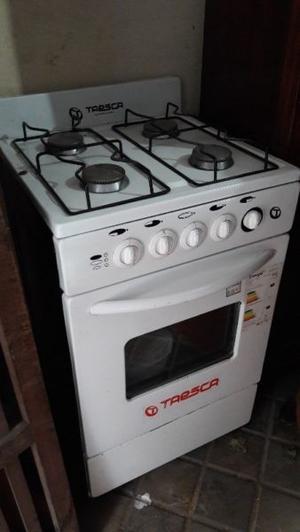 Cocina con Horno 4 hornallas Muy buen estado Liquido!!!
