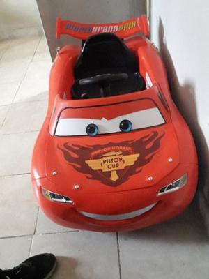 Vendo auto a batería de cars
