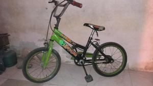 Vendo bici playera y bici de nino