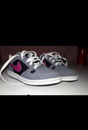 Zapatillas nike para niñas usadas