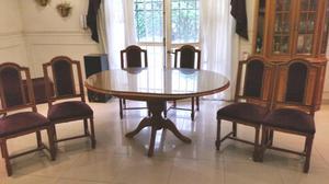 Juego de comedor de roble ingles, mesa+6 sillas+ cristalero