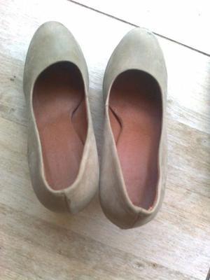 Zapatos De Vestir Con Taco Beige Numero 36