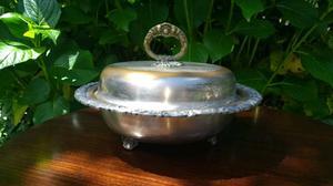 Sopera antigua de bronce