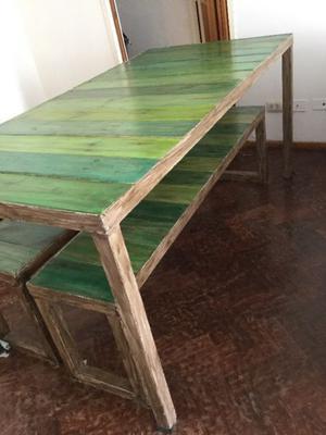 Juegos de mesa y bancos de madera para jardin posot class for Banco de jardin de hierro y madera