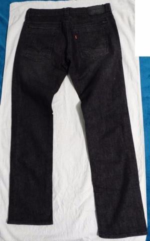 Jean Levis Hombre Modelo 511 Color Gris Oscuro Talle 44