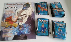 Vendo lote de 50 sobres llenos de figuritas de avatar+1