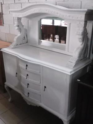 ANTIGUO MUEBLE ESTILO CHIPPENDALE