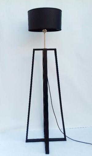 Lámpara de pie estilo escandinavo. Somos fabricantes