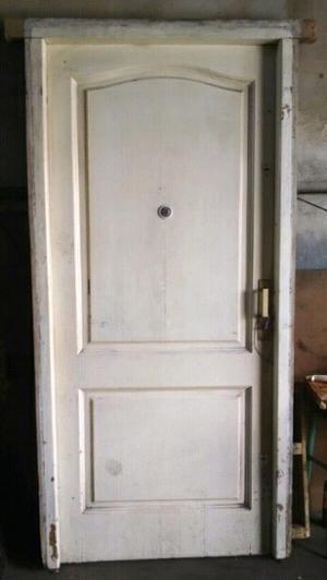 Vendo hermosa puerta de cedro con marco de lapacho