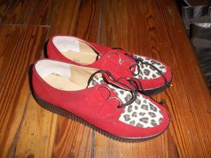 Zapatos acordonados rojo con animal print Nº 37 -