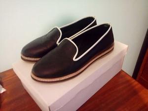 Zapatos chatitas de cuero. Talle 36