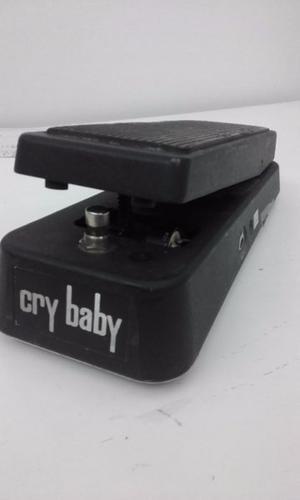 PEDAL DUNLOP CRY BABY WHA WHA. MODELO GCB95 EL MAS USADO EN