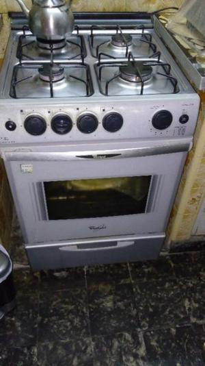 Vendo Cocina Whirlpool color gris cromado