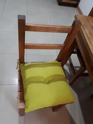 Vendo juego de comedor impecable (Mesa con 4 sillas con sus