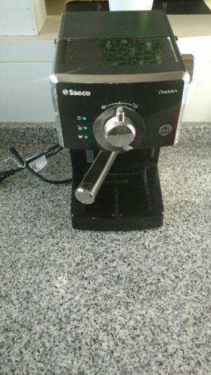 cafetera Express Saeco nueva sin uso.