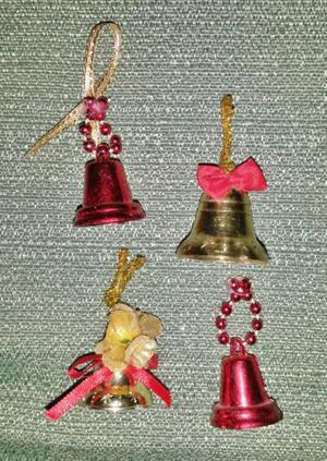 Campanitas para el árbol de navidad amarillas y rojas (4