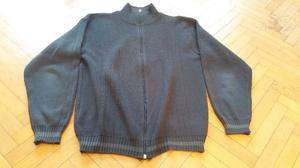 Campera tipo sweater - Talle M