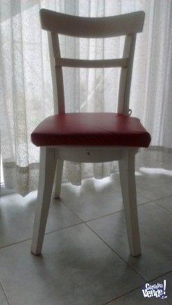 Liquido 6 sillas de madera con almohadones