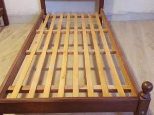 Vendo 2 camas de algarrobo