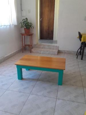 Vendo 1 mesa ratona de madera
