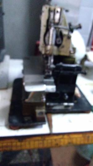 Remalladora industrial de 3 hilos