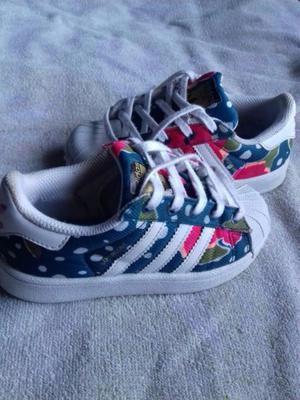 Vendo Zapatillas Adidas
