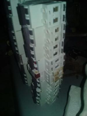 Vendo llaves termicas nuevas sin uso