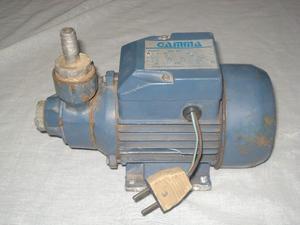 bomba de agua a reparar o para repuesto