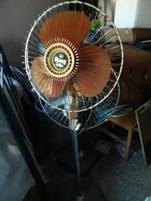 Vendo 2 ventiladores de pie