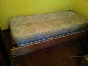 cama de 1 plaza y 2 colchones
