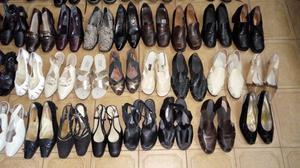 46 pares de zapatos de mujer N°39