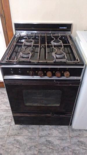 Cocina Domec muy buen funcionamiento