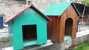 Casita de madera con techo de chapa y galeria posot class for Modelos de techos de madera y chapa