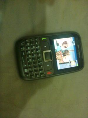 Teléfono celular Moto Go
