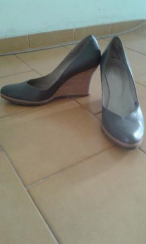 Vendo zapatos usado poco uso