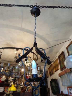 Antigua lámpara colgante hierro forjado. Antigua Saudade