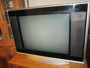 Vendo televisor BGH 29'' pantalla plana