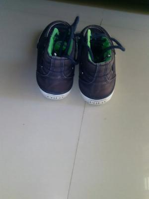 Vendo zapatillas número 32, marca polo