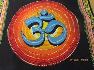 tapiz de India OM