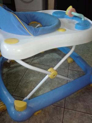 Andador infanti usado